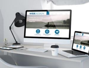 Een website die responsive is, kijkt naar de grootte van het scherm waarop jij de website bezoekt en past daarop het ontwerp aan.